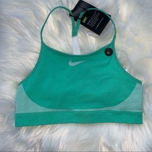 Nike Seamless Big Kids' (Girls') Sports Bra